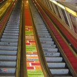 Metro advertisement, balustrade Deák square